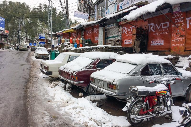 Jhika Gali, Murree, in winter