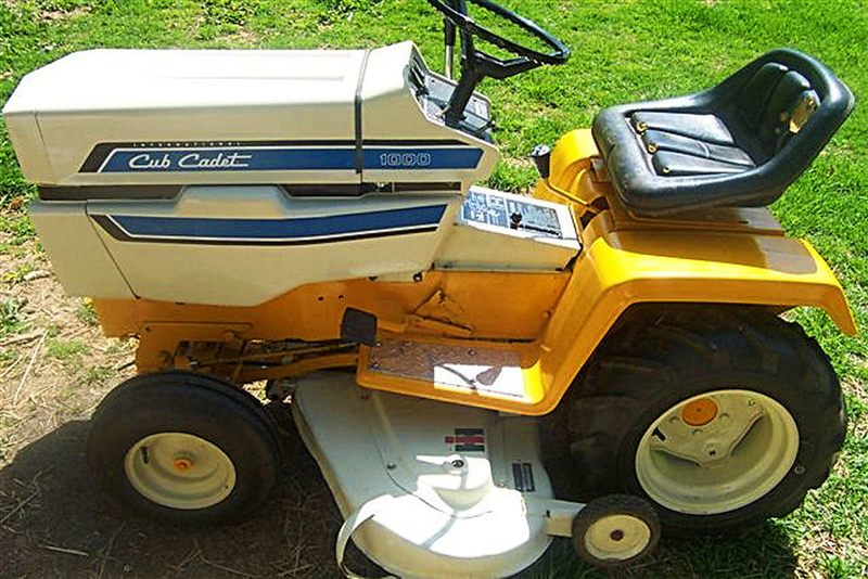 Joe Collings' 1976 Stealth Attack Cub Cadet Restored