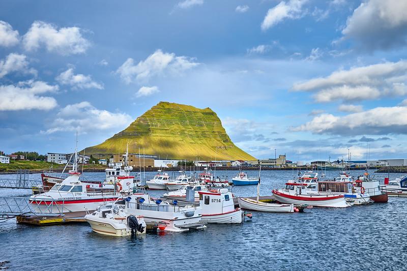 Marina at Grundarfjörður, with Kirkjufell in the background