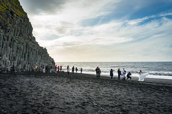 Wedding photos at Black Sand Beach near Vík.