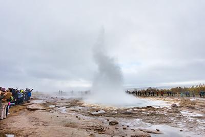 One of the geysirs erupting at Geysir