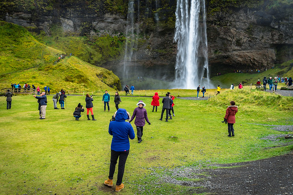 The reality of Seljalandsfoss - crowded in the off-season too