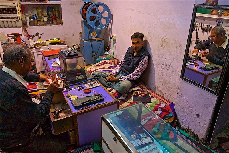 Jeweller passionate work