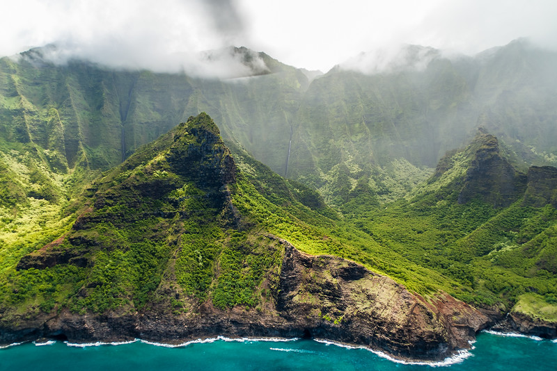 Helicopter tour along the Na Pali Coast