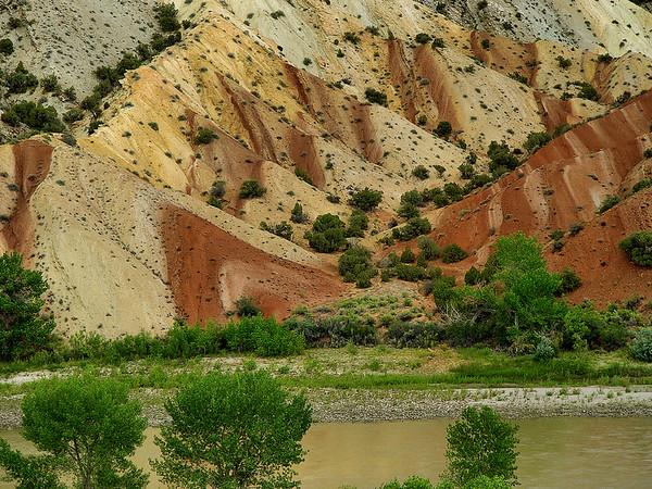 Green River near Dinosaur Co, / Jensen, UT
