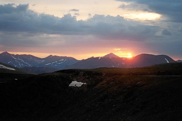 001_01a Sunset, Trail Ridge Road, 12000 feet<br /> <br /> Nikon N-65 35mm Kodak Pro 400ASA