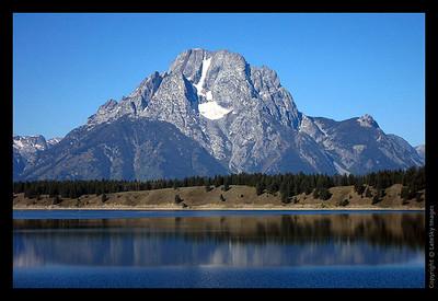 WY11_E117 Mount Moran Across Jackson Lake