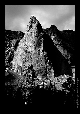 W05 Dogtooth Peak