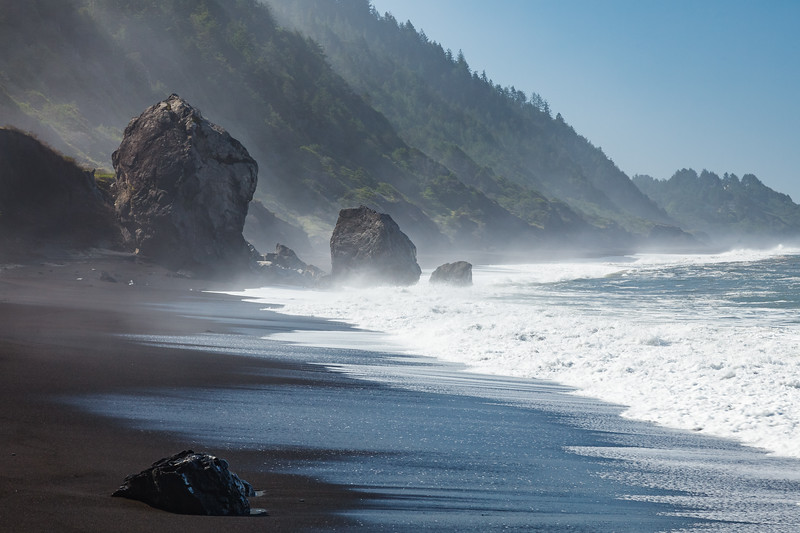 The last tricky tidal section of the Lost Coast Trail to cross before getting to Shelter Cove.