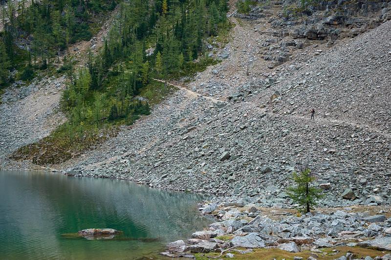 The hiking trail along Lake Agnes, Banff National Park