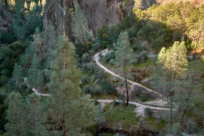 The Old Pinnacles Trail descending into Balconies Cave