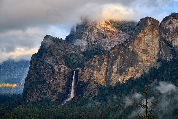 Bridalveil Falls from Tunnel View.