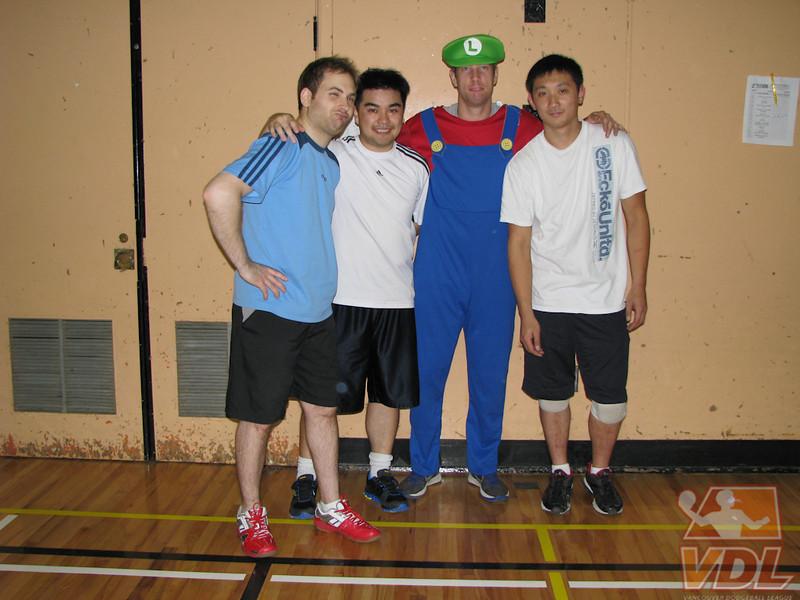 VDLS14 - White Man in Chinatown 1