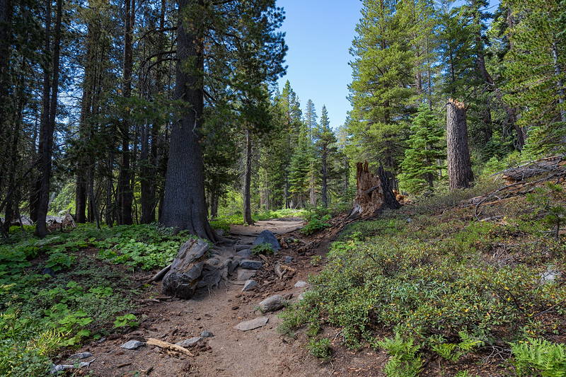 Bayview Trail between Emerald Bay and Granite Lake
