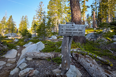 A sign at Mile 2 of the Five Lakes Trail.  From here you can continue to another one of the lakes nearby or go to Mexico - or Canada - via the PCT.