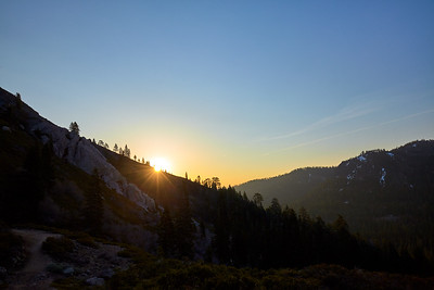 The sun rising over the Truckee River valley, at around the midpoint of the Five Lakes hike.