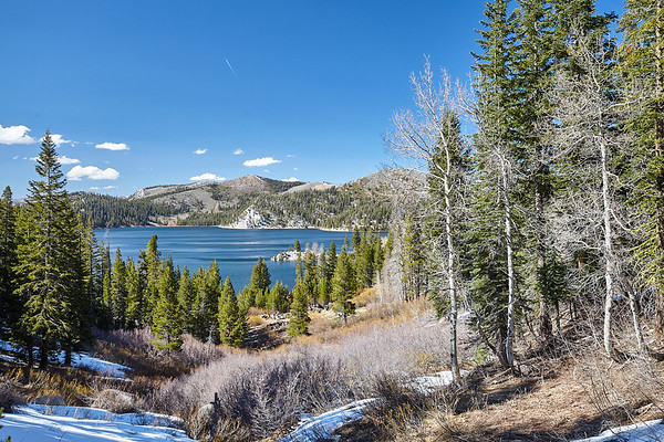 The Marlette Lake Trail descends a few hundred feet back down to Marlette Lake.