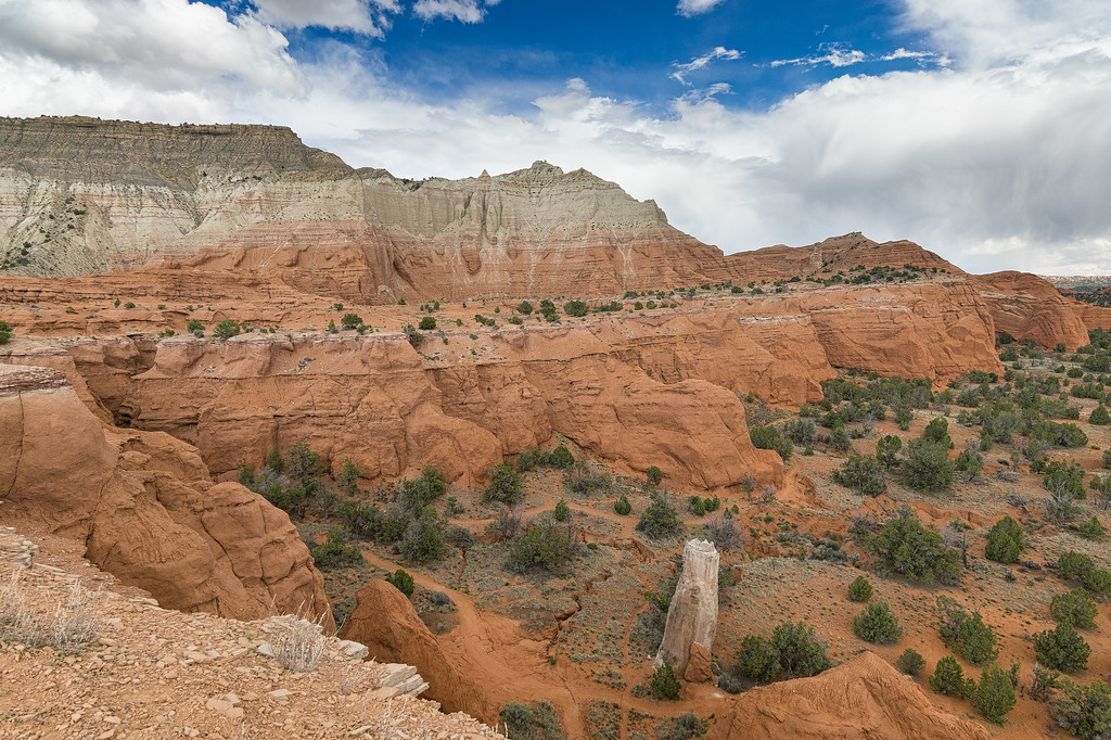 Looking southeast from the Angel's Palace Trail, through Kodachrome Basin and above the Grand Parade Trail.