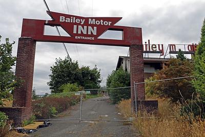 Bailey Motor Inn