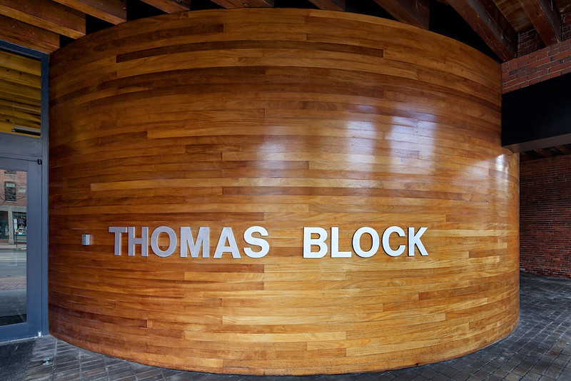 Thomas Block Building, 100 Commercial Street