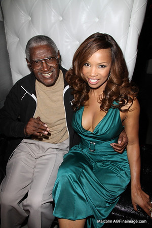 Elise Neal's HOLLYWOOD BELLE COLLECTION by California Lace Wigs & Weaves - Launch Event 10-26-2012