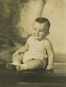 1935 - Baby Millard Dean Fuller born January 3, 1935 to Estin (Cook) and Render Fuller.