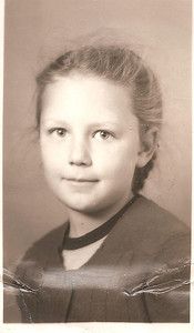 1947 Linda Caldwell - age 6