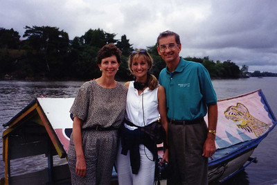 1998 Linda, Faith & Milard in Kuching, Malaysia