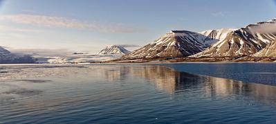 Nordfjorden, Svalbard.