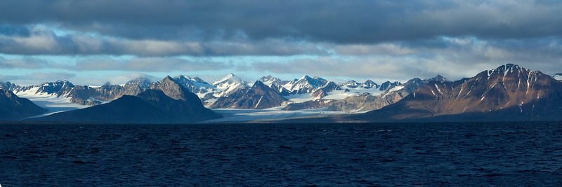 The dramatic scenery of the arctic is just spectacular