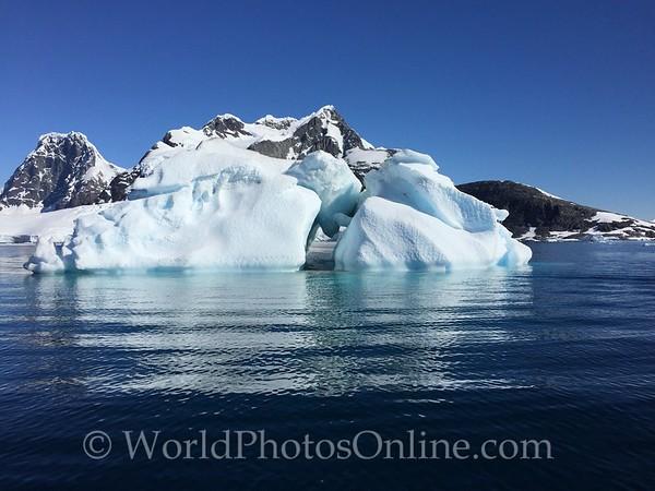 Iceberg at Pleneau Island