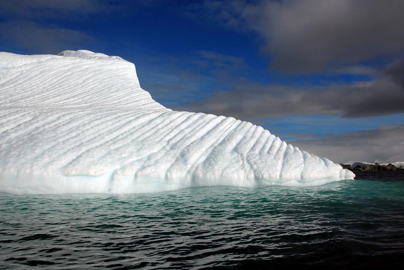 08-Iceberg
