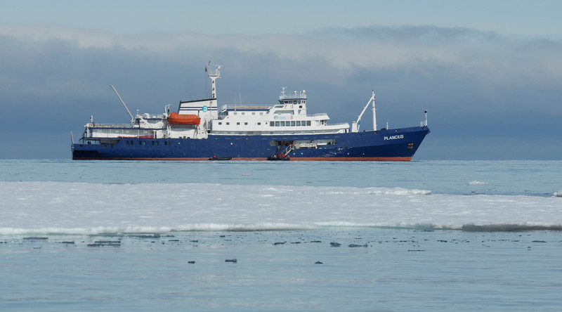 Our mother ship, Plancius, home for seven days.  100 passengers, including 15 scuba divers.<br /> Svalbard, 78~79 latitude north, approximately 600 miles from the North Pole.