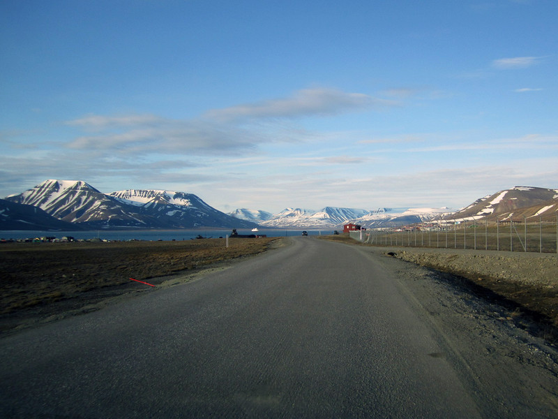 Road from airport toward Longyearbyen.