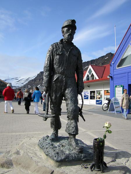 Statue of coal miner