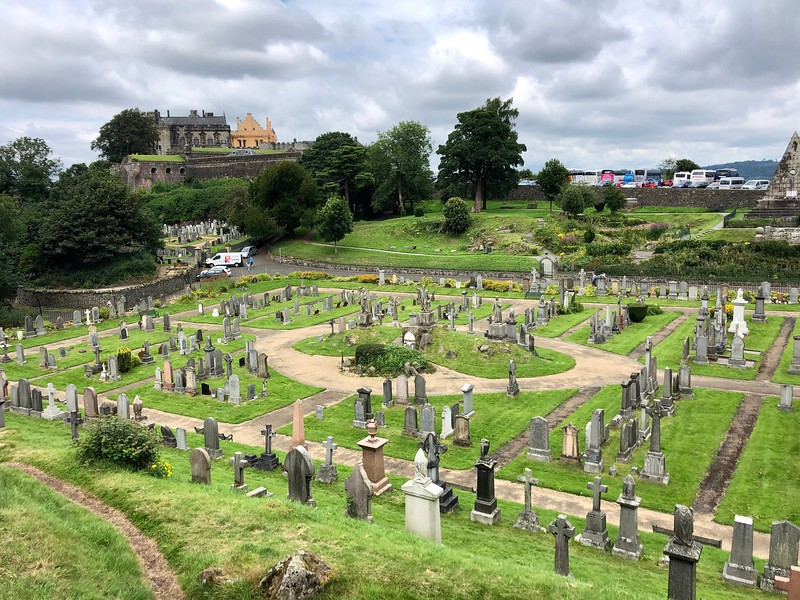 Old Town Cemetery and Stirling Castle