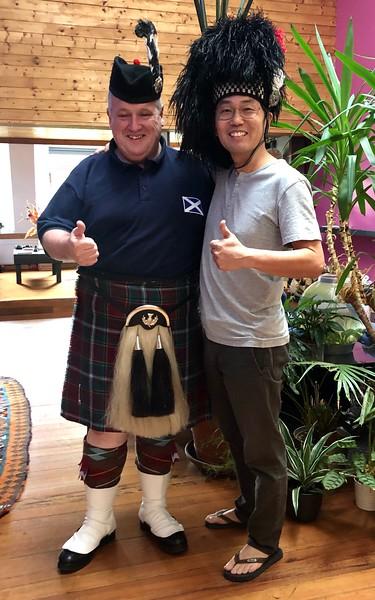"With Daniel Sweeney, award winning professional bagpiper.<br />  <a href=""http://www.piperdan.co.uk"">http://www.piperdan.co.uk</a>"