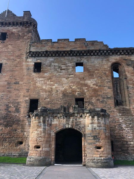 South entrance to Linlithgow Palace, Linlithgow, Scotland.