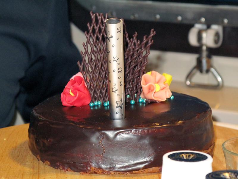 Birthday cake, rich and fattening!<br /> Plancius, South Georgia Island.<br /> Photo by Lilian Y.