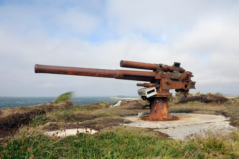 Rusty Canon, vestige of the Falklands War, 1982.<br /> East Falkland Island.