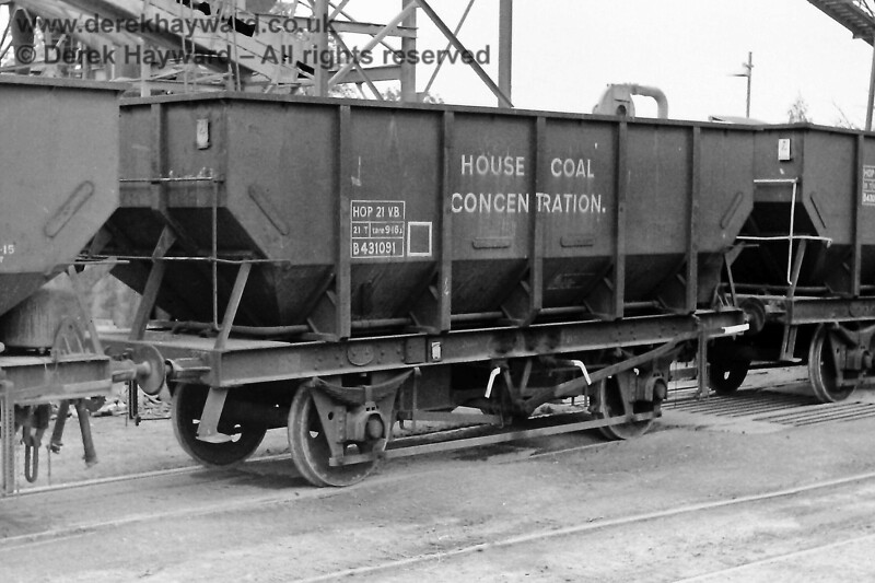 """If you had visited the Ardingly plant on 09.08.1970 the wagons would have looked different to those in use today.  Eric Kemp describes them and retains all rights to the image: """"HOP 21 VB, 21T, tare 9-16, B431091, HOUSE COAL CONCENTRATION Built Pressed Steel 1958, lot 3157 Instanters."""""""