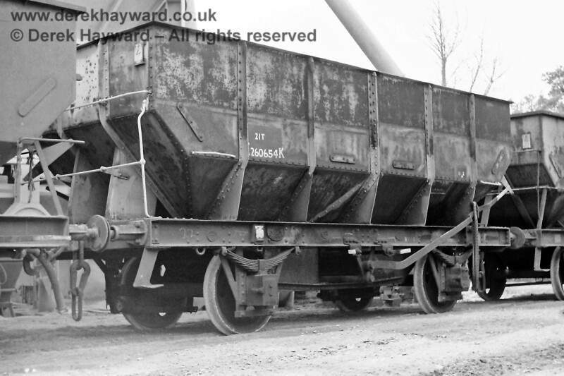 """If you had visited the Ardingly plant on 09.08.1970 the wagons would have looked different to those in use today.  Eric Kemp describes them and retains all rights to the image: """"21T, E260654K, 11-2 Built Hurst, Nelson & Co , Motherwell, 1944 Rusty grey (partly repainted at some point), instanters, unfitted."""""""