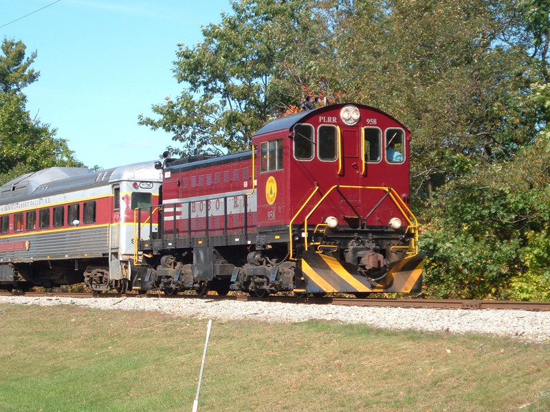 Engine 958 south of Lincoln