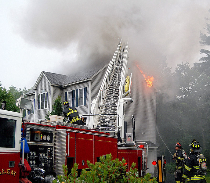Salem NH ladder to the roof