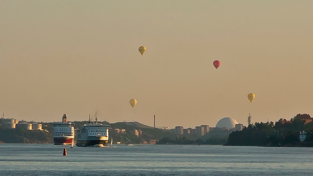 Baloons over Globe arena Stockholm