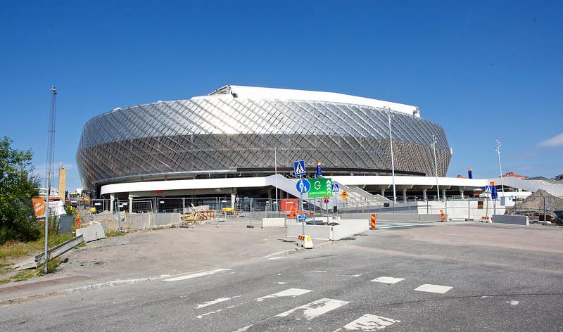 I aug -13 återstår en hel del jobb runt arenan. <br /> <br /> .