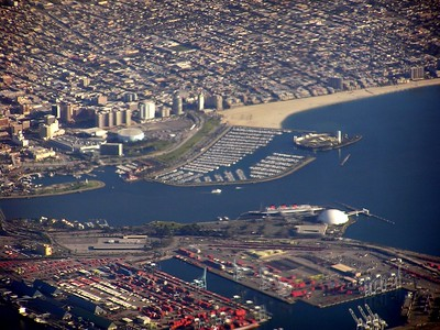 This is the sight of the Long Beach Grand Prix.  You can also spot the Queen Mary (red smoke stacks - right center).  Right next to the Queen Mary in the spherical shape building is where Howard Hughes' Spruce Goose used to be housed.