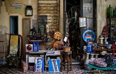 005DB-antique shop-Buenos Aires