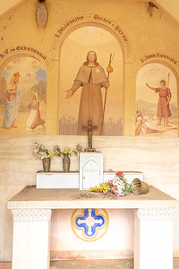 The size of this chapel was about the size of  a closet--may have been a memorial?