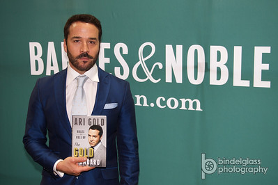 Ari Gold at Barnes and Noble 5/12/15